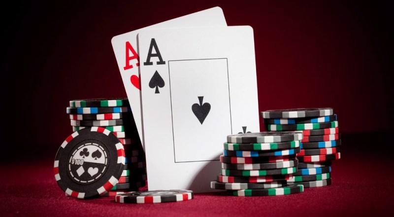 Understanding Expected Value in Poker