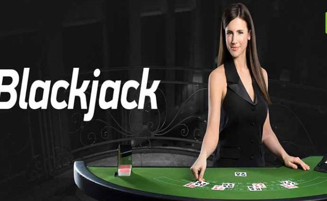 Blackjack Strategy: How to Play Perfect Blackjack and Beat the Dealer